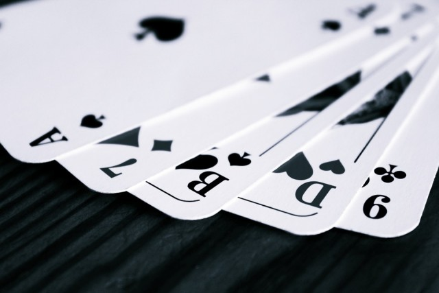 cards-766106_960_720