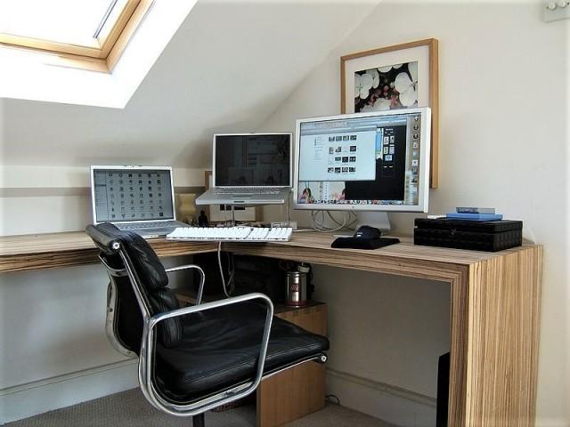 home office - dark