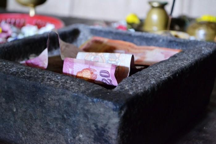 money-185366_960_720