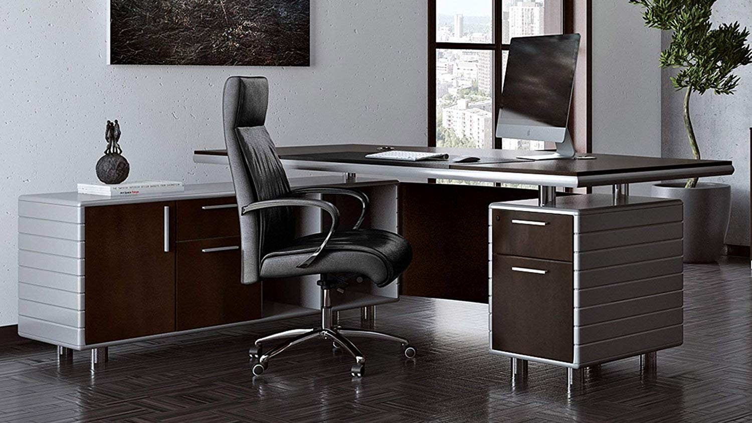 5 Executive Desks That The Internet Is Going Crazy About Home