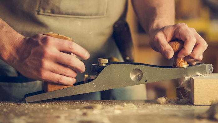 Snapshot: How to Run Your Own Woodworking Business from Home