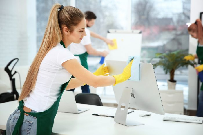 How to Choose the Right Office Cleaning Company for Your Business