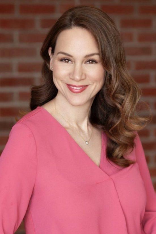 Dr. Regine Muradian