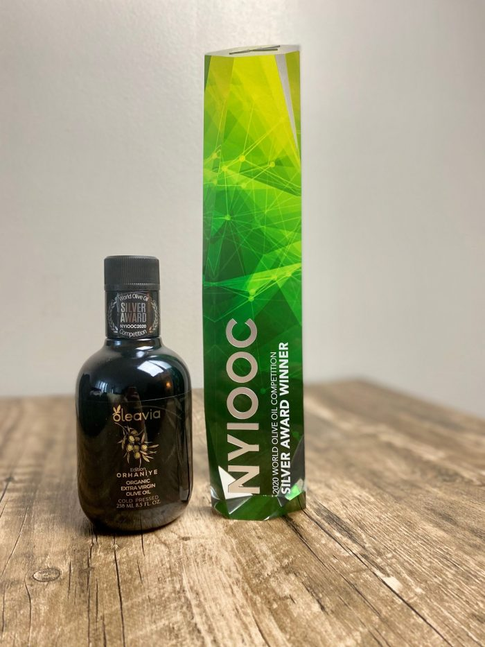 Extra virgin olive oil Oleavia